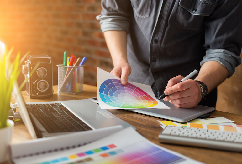 WEb designer with Colors